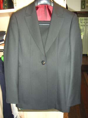 ldys suit 006.jpg