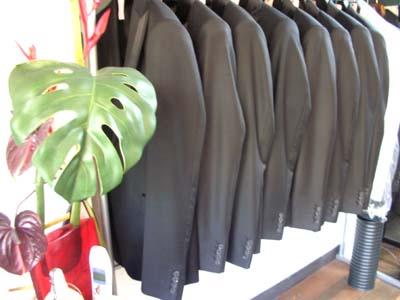 suit 001.jpg